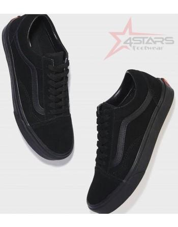Vans Old Skool Skate Shoes...