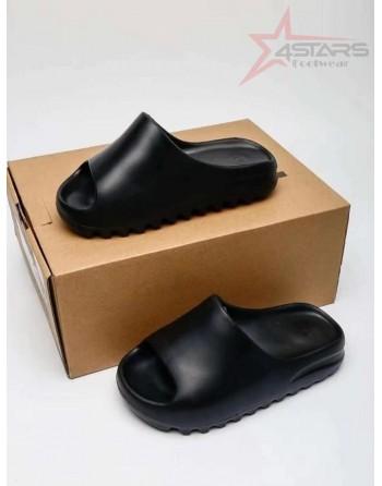 Adidas Yeezy Slides - Black